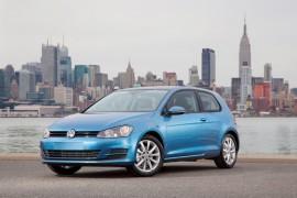 Volkswagen Golf VII, el coche del año 2013 en el mundo.