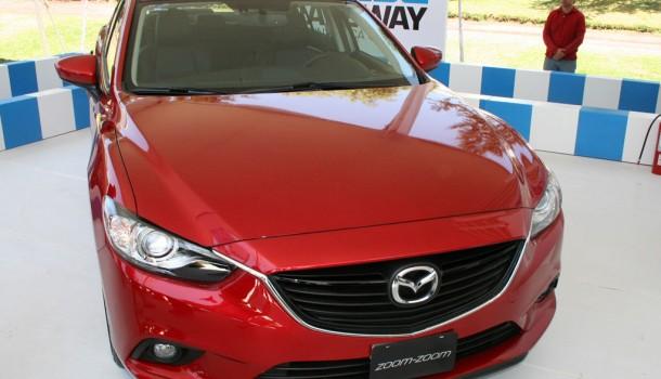 Mazda en el Concurso de la Elegancia