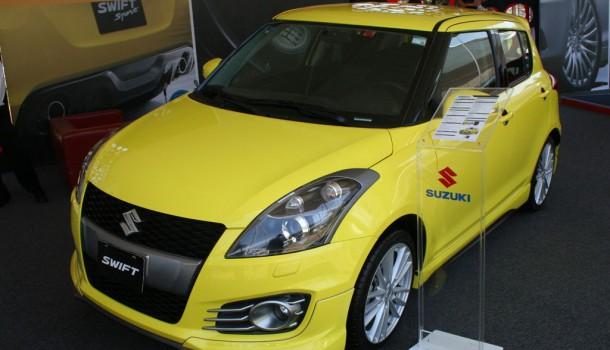 Suzuki en el Salón de la Elegancia