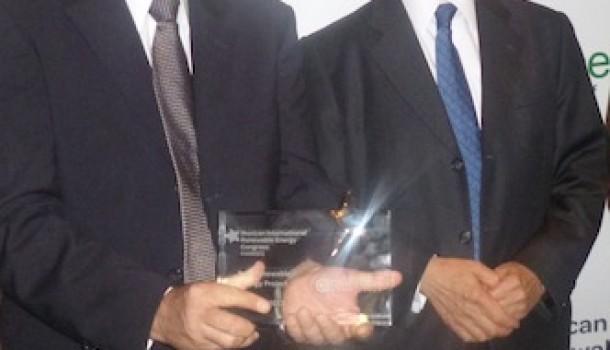 Mario Molina entrega MIREC Award 2012 a ABB por proyecto Solar en SLP
