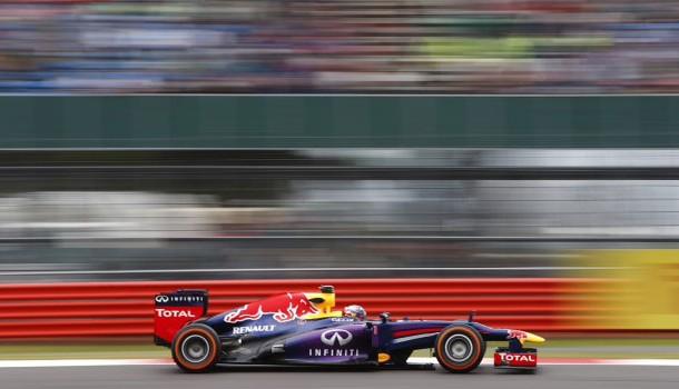 Mark Webber sella el segundo lugar en Silverstone