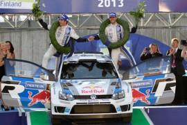 Sébastien Ogier gana para Volkswagen en Finlandia