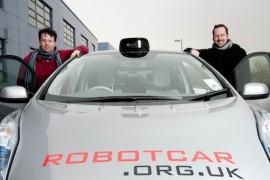 Nissan Leaf realiza prueba sin conductor en el Reino Unido
