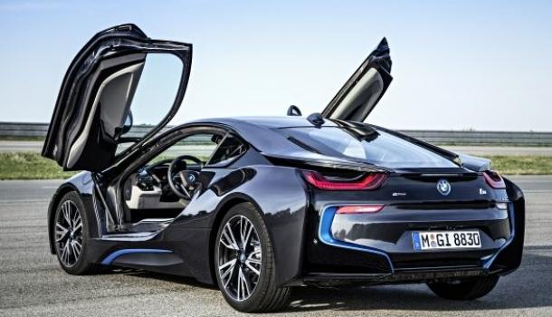 BMW presenta el i8, superdeportivo híbrido