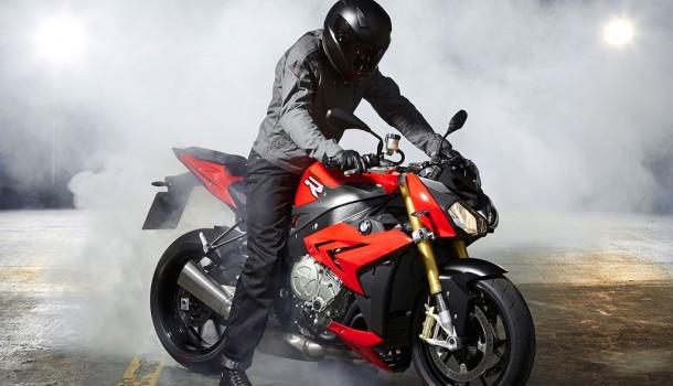 BMW Motorrad R 1200 RT y S 1000 R