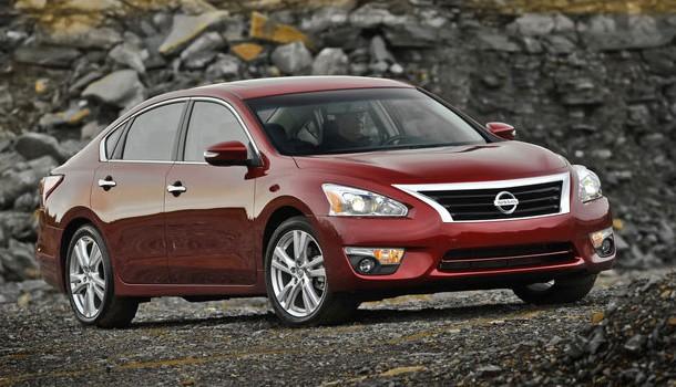 Nissan reporta sus cifras de producción y ventas de noviembre 2013