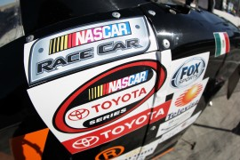 CONTINENTAL PATROCINADOR OFICIAL DE NASCAR TOYOTA SERIES