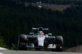Hamilton intocable en Spa-Francorchamps