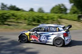 Volkswagen va por la victoria en casa
