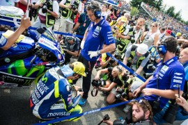 Rossi llega a su Gran Premio de casa en Misano como líder del campeonato