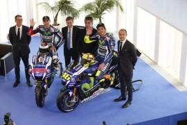 El equipo Yamaha presentó la nueva YZR-M1