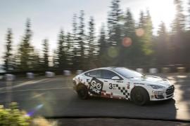 Tesla pone el récord en Pikes Peak