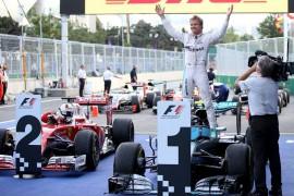 Rosberg gana en Bakú y Checo consigue otro podio