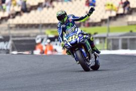 Aplastante victoria de Valentino Rossi en Catalunya
