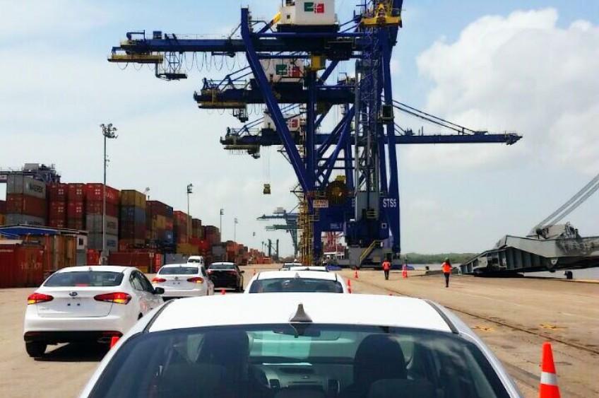 KIA de México inicia exportaciones del Forte a Estados Unidos