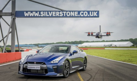 Nissan pone a prueba el nuevo Dron GT-R con Ricardo Sánchez detrás del volante