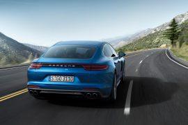 12 y contanto Porsche No.1 en APEAL de J.D. Power