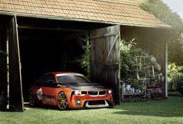 BMW 2002 Hommage celebra el nacimiento del vehículo turbocargado.