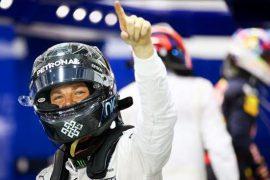 ¡Rosberg es de verdad! Se queda con la pole en el #GPSingapur