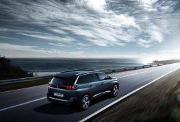 Renault y Peugeot se lucirán en casa