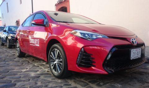 Toyota Corolla 2017, surfea en el asfalto