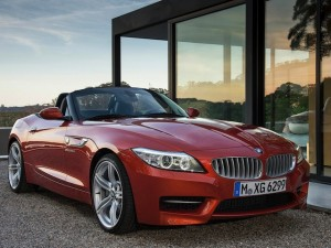 2014-BMW-Z4-Roadster-Front-Angle
