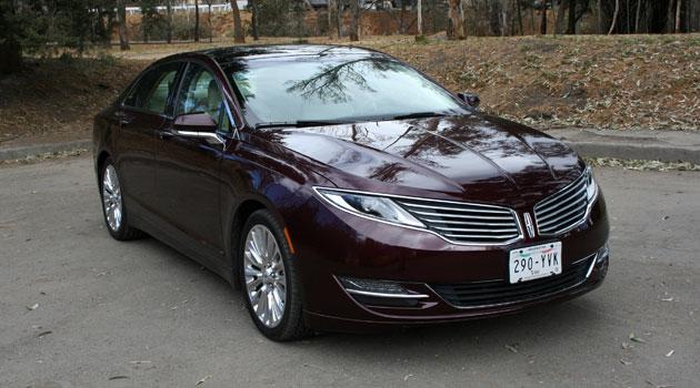 Lincoln MKZ clase, tecnología y manejo confortable