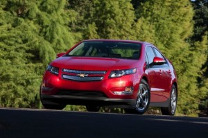 2013-Chevrolet-Volt-003-medium
