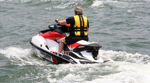 Un refrescante día en las motos acuáticas de Sea-Doo