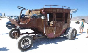Horseless-Stagecoach-at-Bonneville