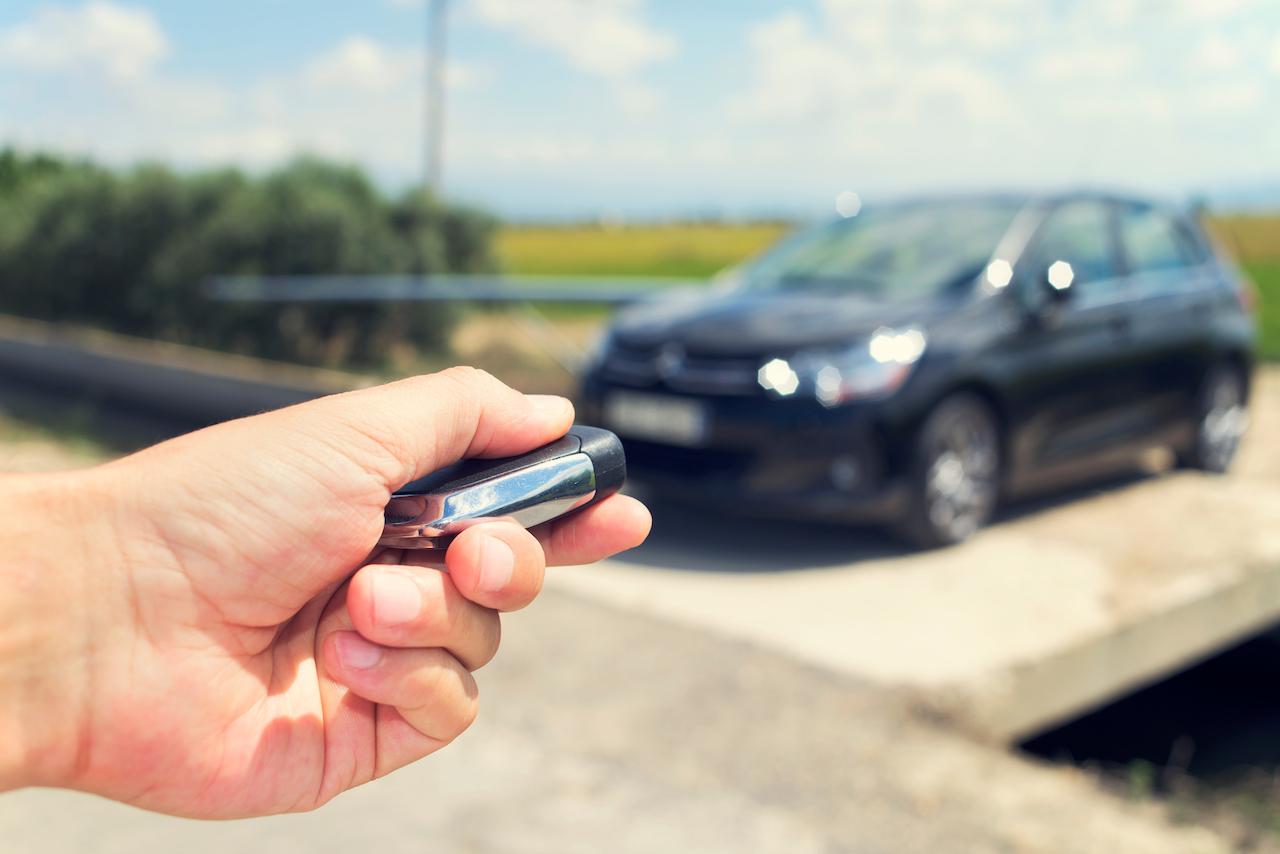¿Cómo funcionan las llaves inteligentes de los autos?