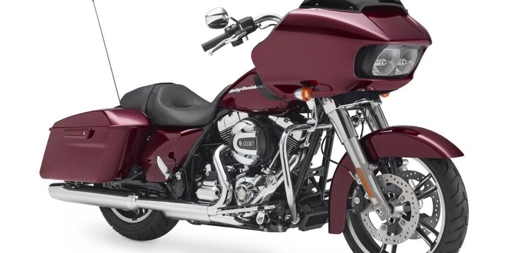 Harley-Davidson Road Glide 2015 vuelve a rugir