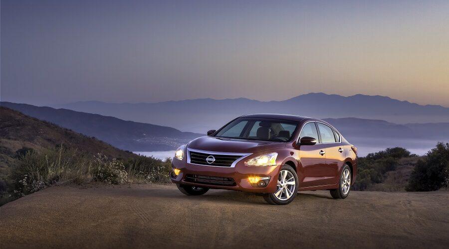 """Nissan Altima es nombrado por Kelley Blue Book como uno de los """"10 vehículos más cómodos"""" en Estados Unidos"""