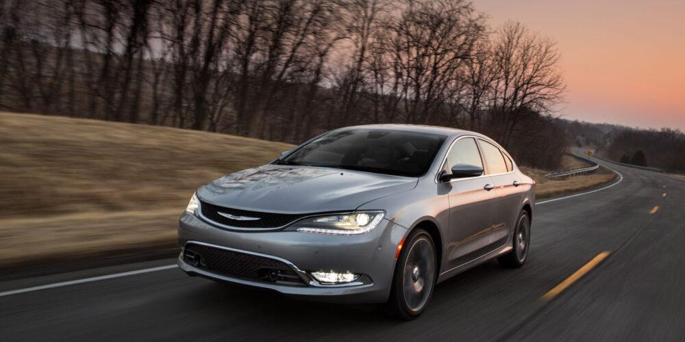 El totalmente nuevo Chrysler 200 2015, es nombrado Top Safety Pick + por el IIHS