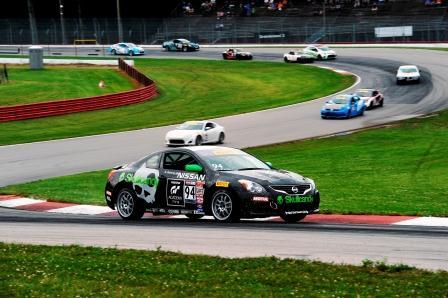 Egresados de Nissan GT Academy continúan racha de éxitos con triunfo en Pirelli World Challenge