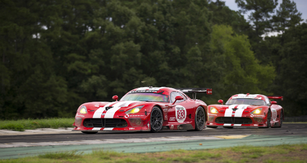El equipo SRT® Motorsports, sigue sumando puntos en el Virginia International Raceway