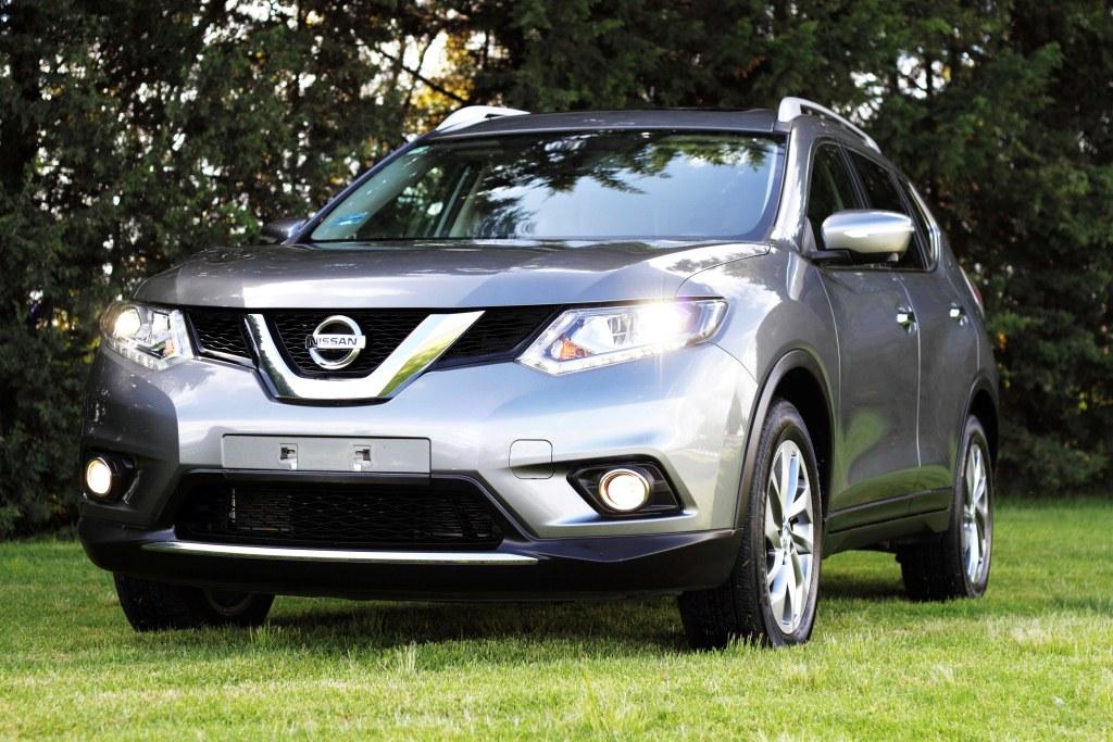 Nissan logra el uno, dos, tres en ventas