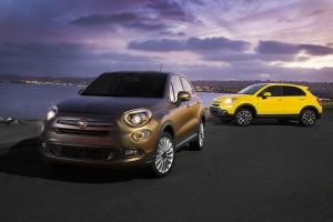 2016 Fiat 500X (left to right) Lounge and Trekking Plus