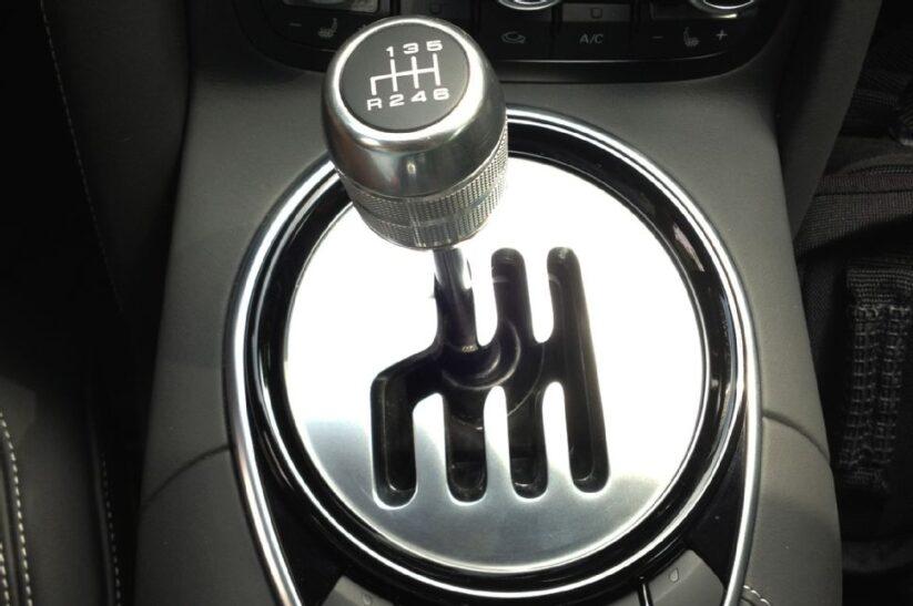 Transmisión manual, ¿sabes cómo funciona?
