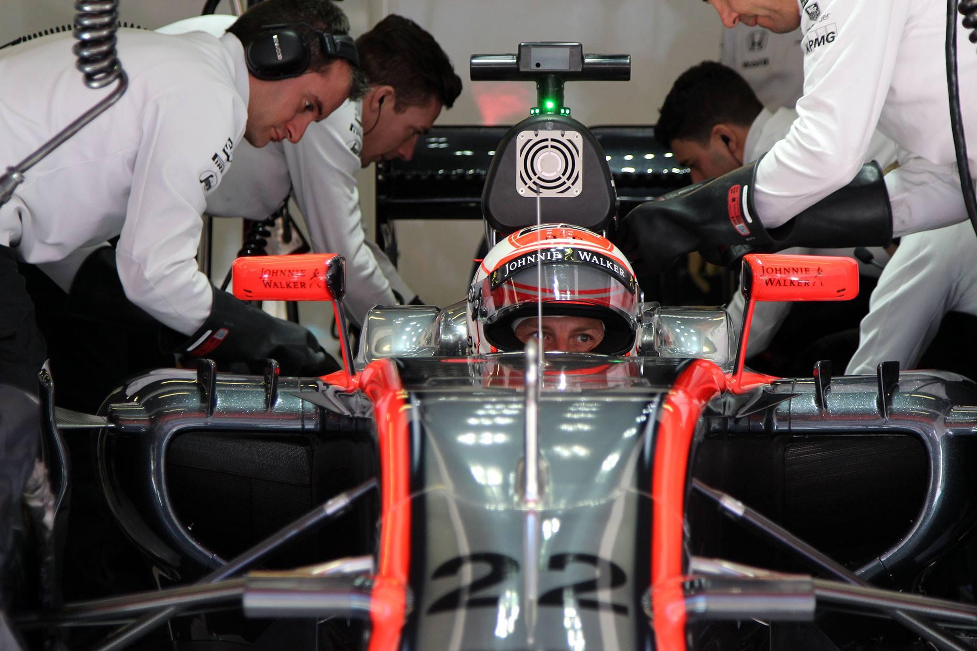 McLaren abandona en el primer día del segundo test de pretemporada