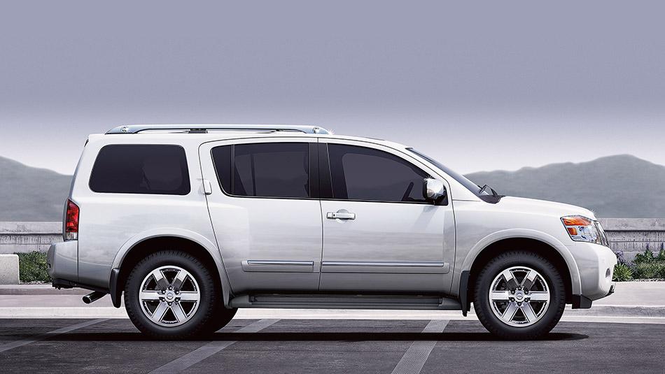 2015-Nissan-Armada-side
