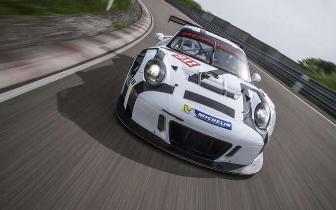 Mucho más Porsche GT3 R, más rápido, liviano