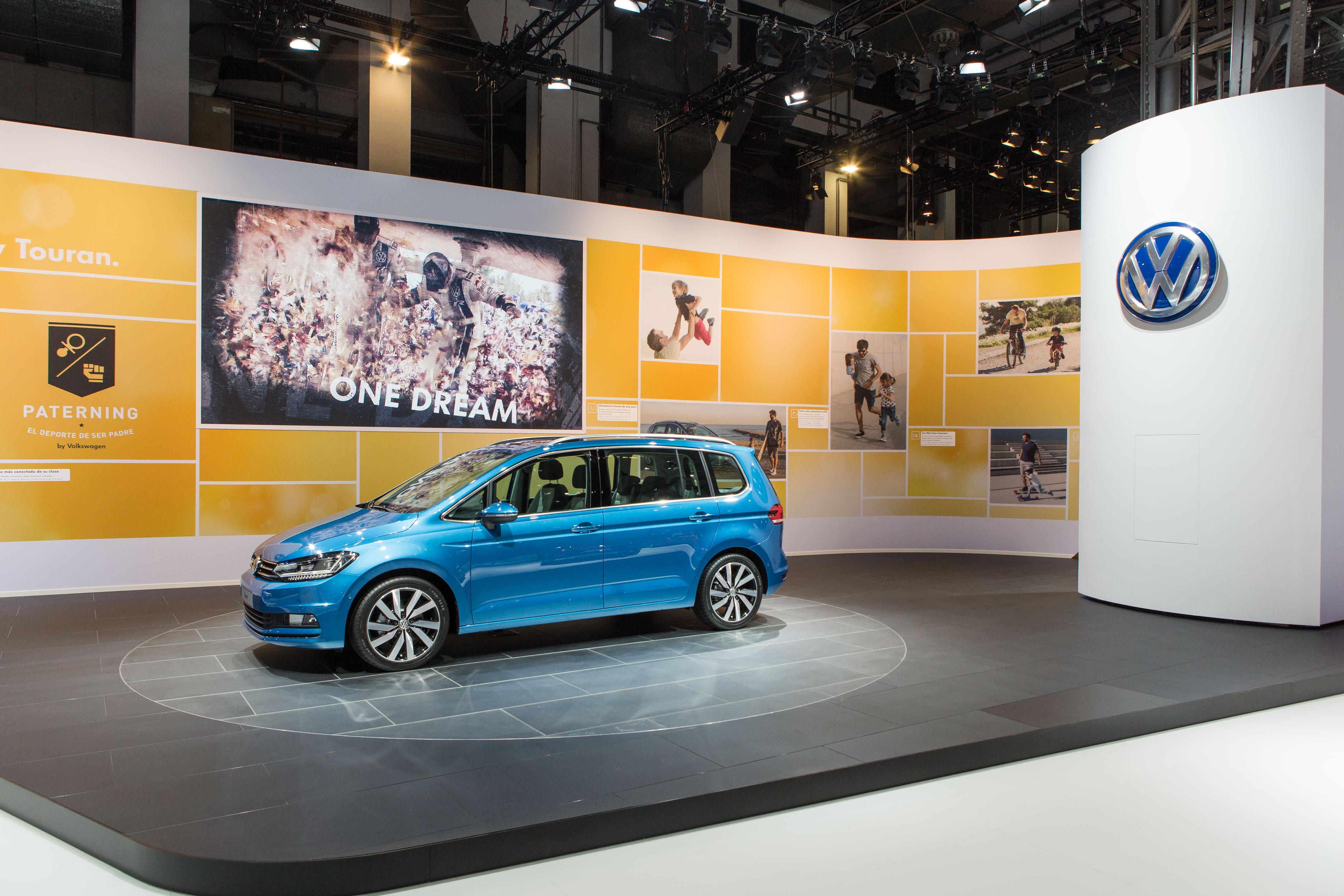 Volkswagen presenta el nuevo Touran y los nuevos Passat GTE y Alltrack