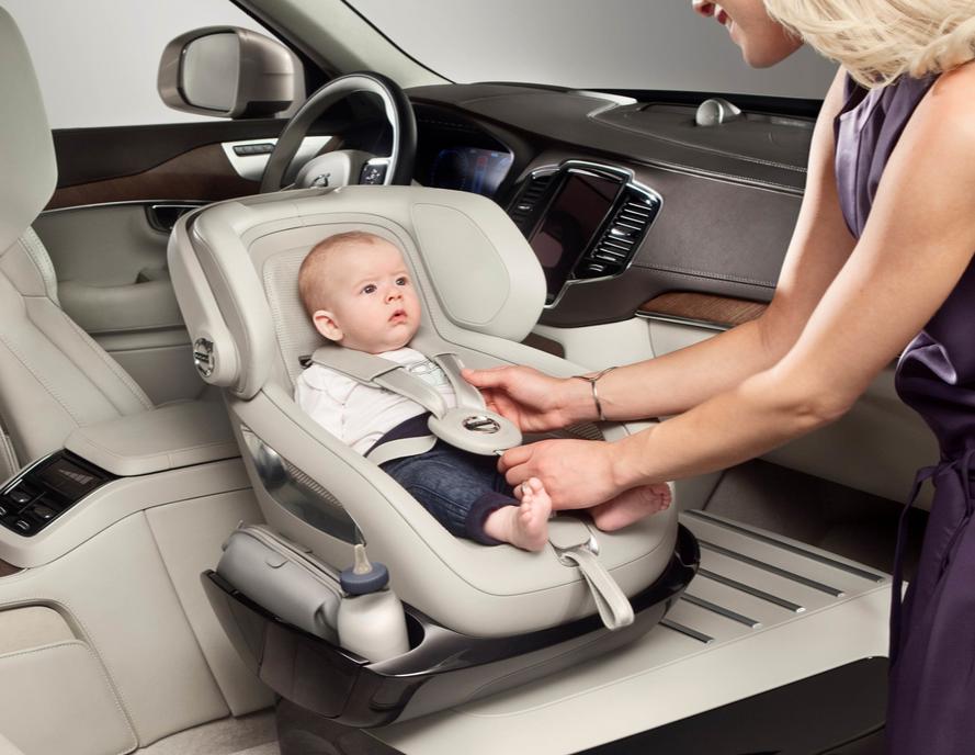 """""""Mujeres y niños primero"""": XC90 Excellence Child Seat Concept"""