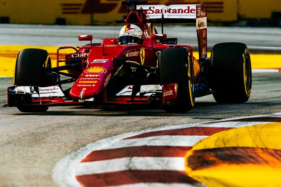 Vettel consigue su primera pole position con Ferrari
