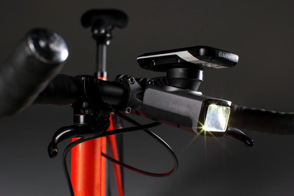 Seguridad para el ciclista: Deja que Garmin, te pedalee la bicicleta…