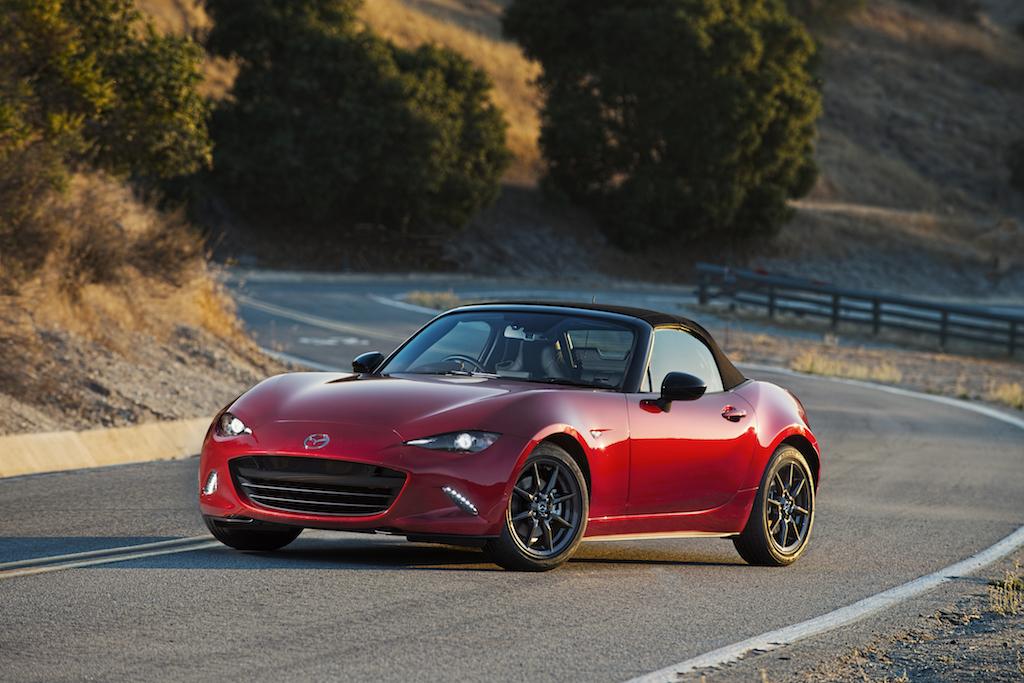 """Mazda MX-5 nombrado """"Auto del Año"""" en Japón"""