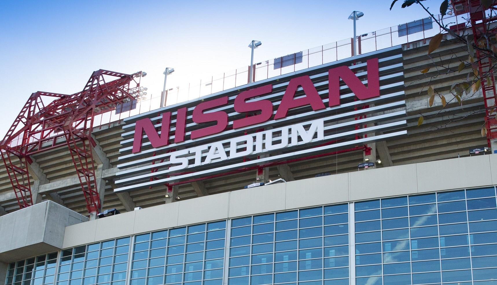 """Nissan renueva la imagen del estadio de los Titanes de Tennessee, ahora llamado """"Estadio Nissan"""""""