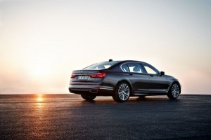 BMW P90178461_lowRes_the-new-bmw-7-series