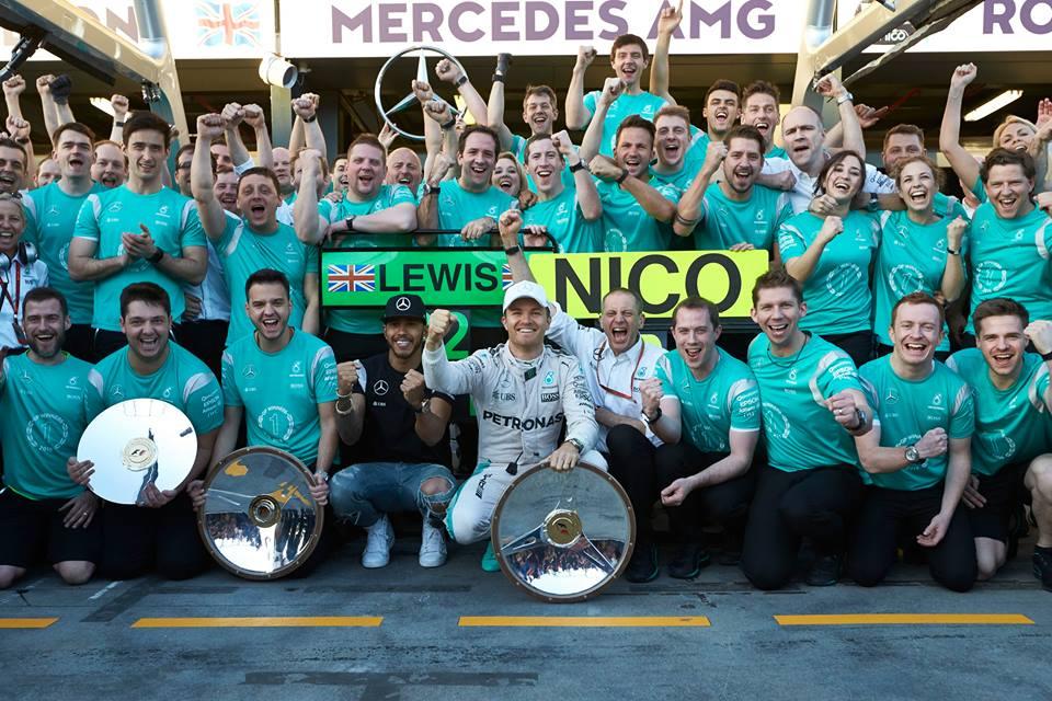 Rosberg gana tras dramática carrera en Australia